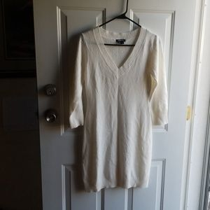 💥4/$10💥 My Michelle lightweight sweater dress